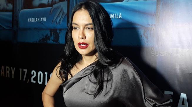 Energi Sophia Latjuba Terkuras di Film Mata Batin 2