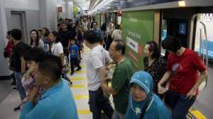 MRT Jakarta Mendadak Berhenti Saat Gempa 7,4 SR