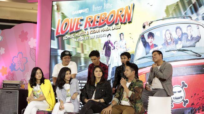 Love Reborn, Film Drama Komedi Anak Band vs Komikus