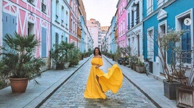 Saking Cantiknya, Warga Paris Minta Gang Ini Ditutup