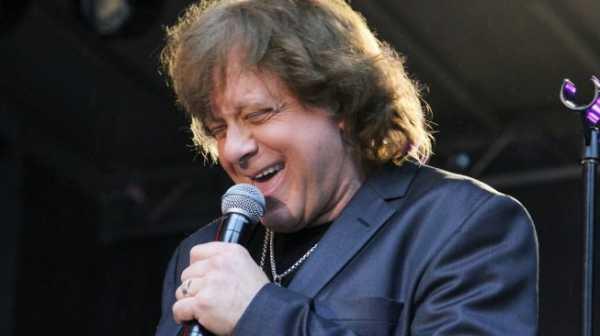 Penyanyi Eddie Money Meninggal Dunia di Usia 70 Akibat Kanker