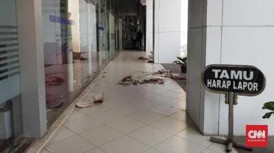 Polisi Sita Pisau dari Terduga Penyerang Kantor Kemendagri