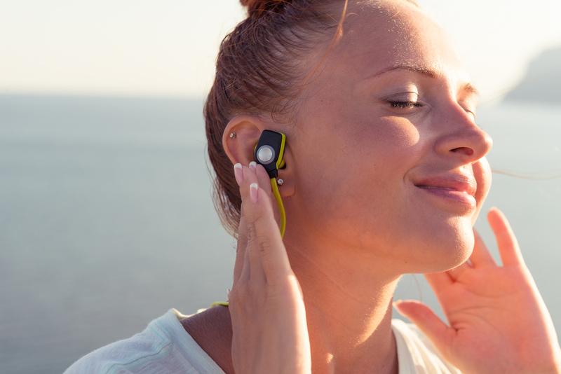 6 Earphones Paling Berkualitas untuk Sesi Olahraga Anda