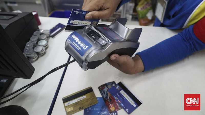 Jangan Mau Transaksi Kartu Kredit Dikenakan Biaya 3 Persen