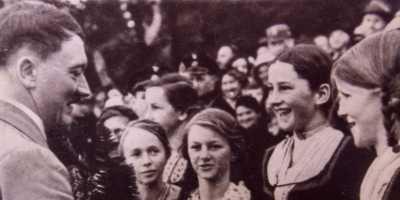 8 Fakta Mengejutkan Hitler yang Tak Kamu Ketahui