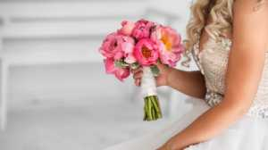 Sepatu Pernikahan Ini Menyimpan Pesan Rahasia