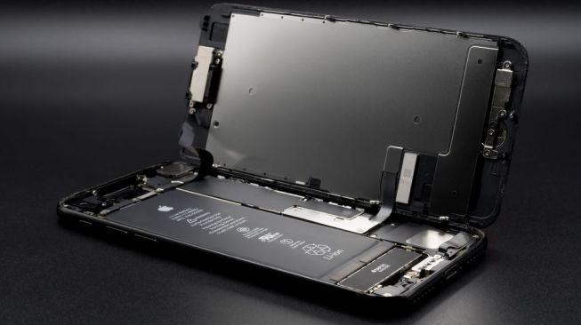 Baterai iPhone Anda Bermasalah? Begini Cara Mengeceknya