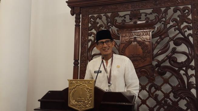 Asyik, Guru Honorer Jakarta Bakal Terima THR