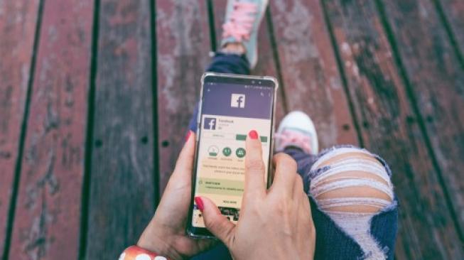 Kondisi Depresi Bisa Diprediksi dari Unggahan di Facebook