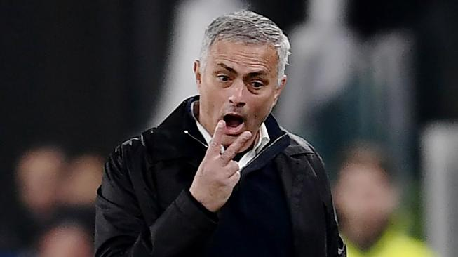 Sindir Pelatih Hipster, Mourinho: Apa Gunanya Filosofi Tanpa Gelar Juara?
