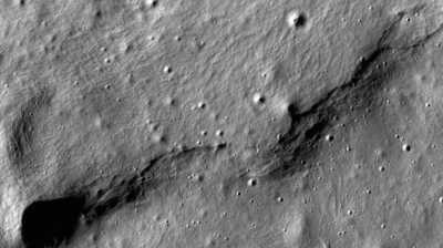 Pesawat Antariksa India Masuk Orbit Bulan, Siap Terjunkan Pendarat