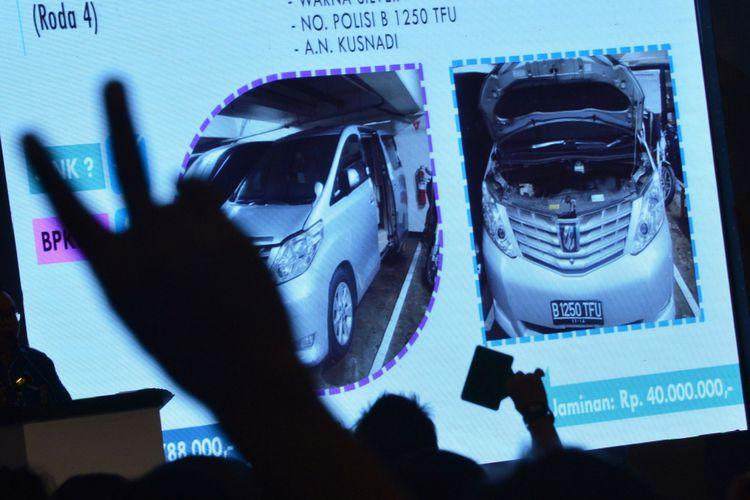 Kenapa Harga Mobil Sitaan KPK Dilelang Murah?