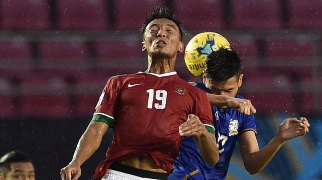 Ikut Piala AFF 2018, Bayu Pradana Beruntung Dilatih Sang Idola