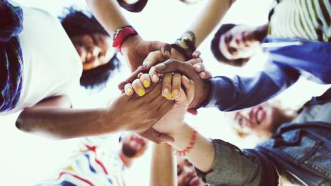 Studi: Hubungan Persahabatan Bisa Lebih Baik dari Keluarga