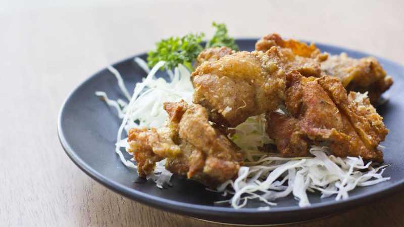 Di Jepang ada Ayam Goreng Saus Keringat Wanita