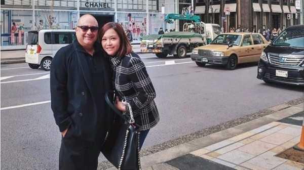 7 Potret Maia Estianty dan Irwan Mussry di Shanghai