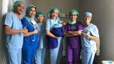 Sukses Operasi Katarak, Anak Asri Welas Bisa Pulang Besok