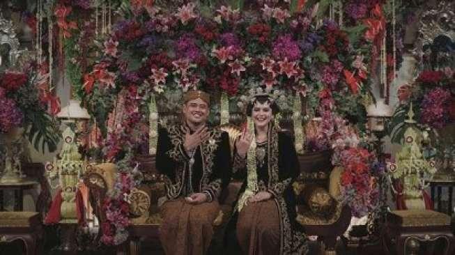 Penampilan Perdana Kahiyang dan Bobby Setelah Menikah