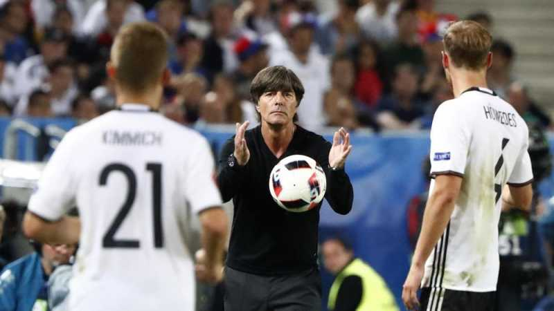 Cari Pengganti Zidane, Real Madrid Negosiasi dengan Loew