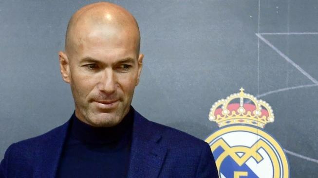 Besut Timnas Prancis, Takdir bagi Zinedine Zidane
