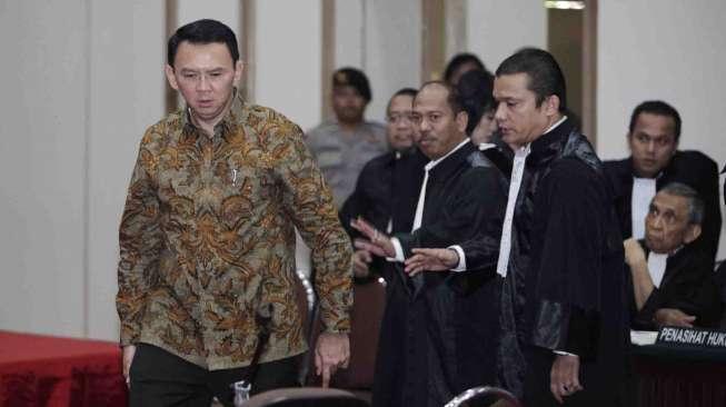 Tak Sampai 15 Menit, Hakim Teruskan PK Ahok ke Mahkamah Agung