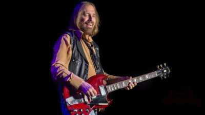 Musisi Tom Petty Meninggal Akibat Serangan Jantung