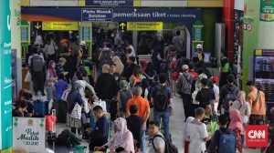 Sebanyak 43 Ribu Penumpang Kereta Api Tiba di Jakarta