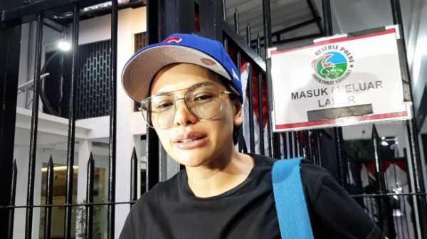 <i>Nah Lho</i>, Nikita Mirzani Dibilang Cepu Polisi