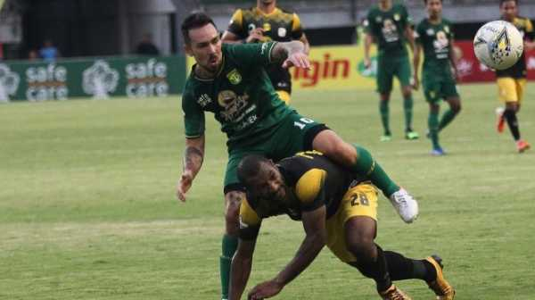 Bursa Transfer Liga 1 2019: Persebaya Curi Start, Persib Buang Tiga Pemain