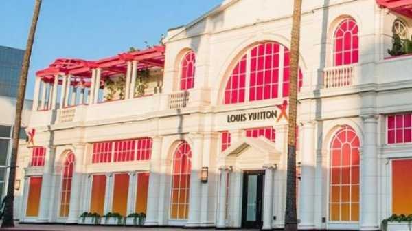 Louis Vuitton Adakan Pameran Besar di LA, Sangat Instagramable!