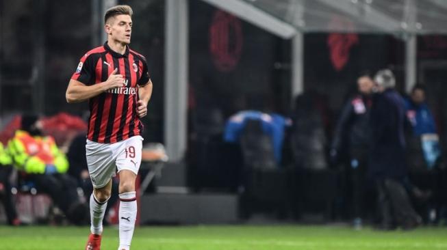 Piatek Cetak Brace, AC Milan Melaju ke Semifinal Coppa Italia