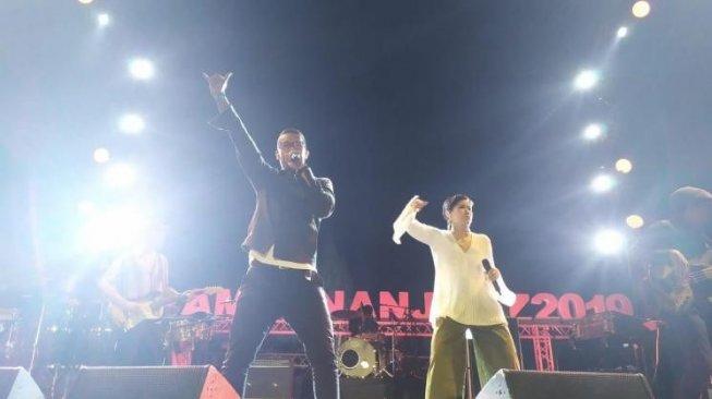 Maliq & DEssentials Kenalkan Lagu Baru di Prambanan Jazz 2019