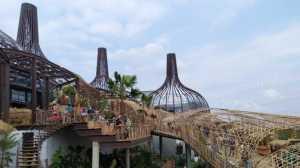Mirip Negeri Atlantis, Sejuknya Dusun Semilir Menghipnotis Pengunjung