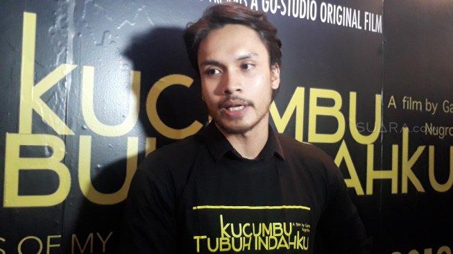 Jadi Petinju, Randy Pangalila Berbeda di Film Kucumbu Tubuh Indahku