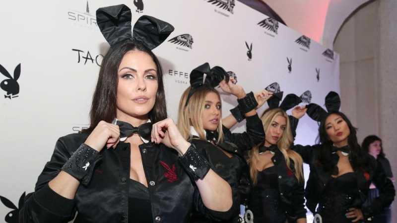 Sosok di Balik Kostum Kelinci Playboy Hugh Hefner
