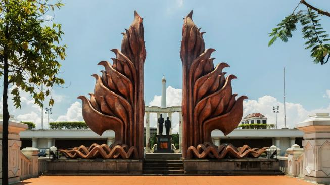 Peringati Hari Pahlawan, Ayo Wisata Sejarah ke Surabaya