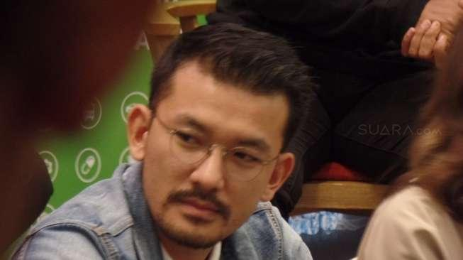 Atiqah Hasiholan Diperiksa Polisi, Rio Dewanto Bakal Dampingi?