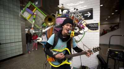 Tak Asal Ngamen, Musisi Jalanan di Subway New York Ternyata Ada Audisinya
