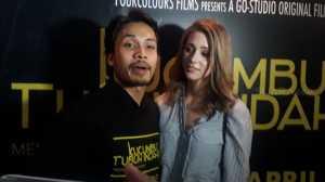 Istri Randy Pangalila Giat Belajar Bahasa Indonesia