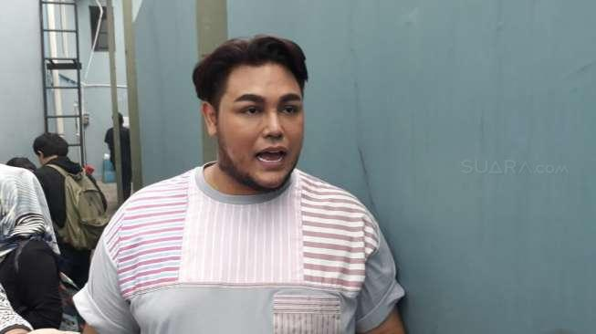 Ivan Gunawan Siap Laporkan Haters ke Polisi