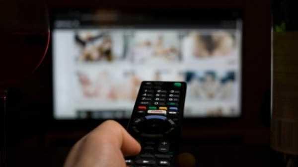 Waduh! Remaja Nonton Film Porno Lawas, Ternyata Bintangnya Ayah dan Ibunya