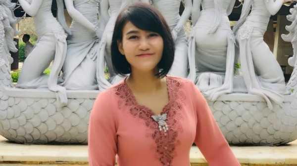 Kenalan dengan Sandhyca Putrie, Ajudan Cantik Iriana Jokowi