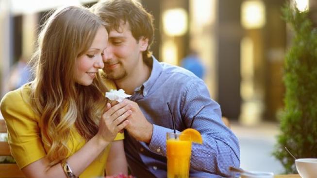 Studi Ini Pecahkan Mitos Wajah Pasangan yang Mirip Pertanda Jodoh