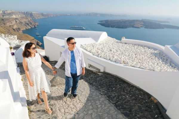 Mengecap Manisnya Honeymoon ke Yunani, Catat 3 Tips Penting Ini