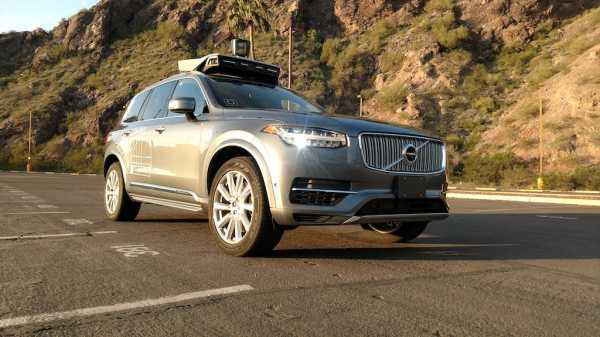 Detik-detik Mobil Otonom Uber Tabrak Perempuan Hingga Tewas