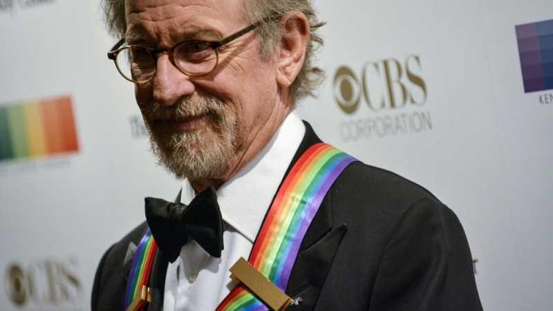 Steven Spielberg Garap Serial Horor Khusus Tengah Malam