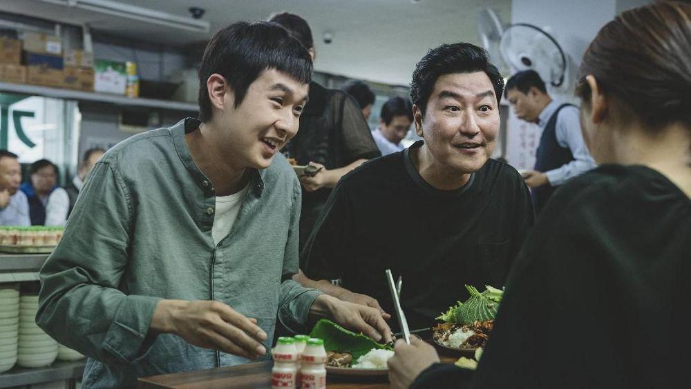 Parasite Terjungkal di Box Office Korea Pekan Ini
