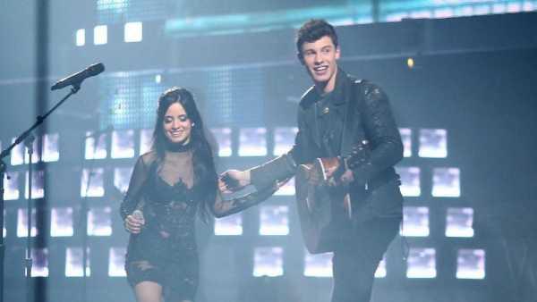 Shawn Mendes-Camila Cabello Ramaikan MTV VMA