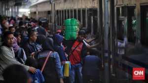Kereta Api, Transportasi Mudik yang Tetap Jadi Primadona