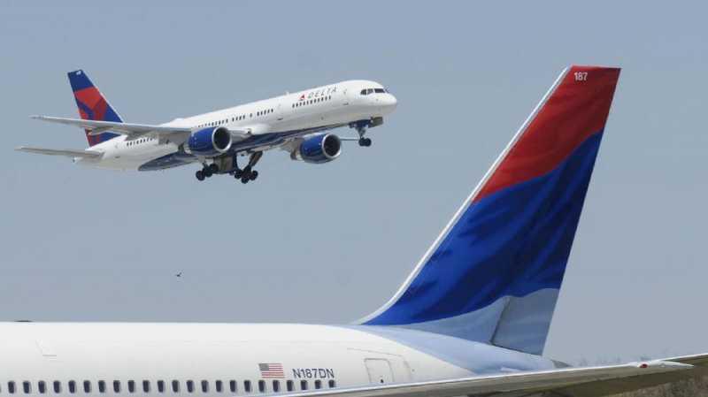 Penumpang Mengaku Tuhan Buat Pesawat AS Putar Balik